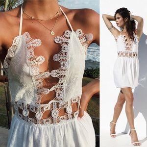 Chloé Vibes Backless Beach Dress